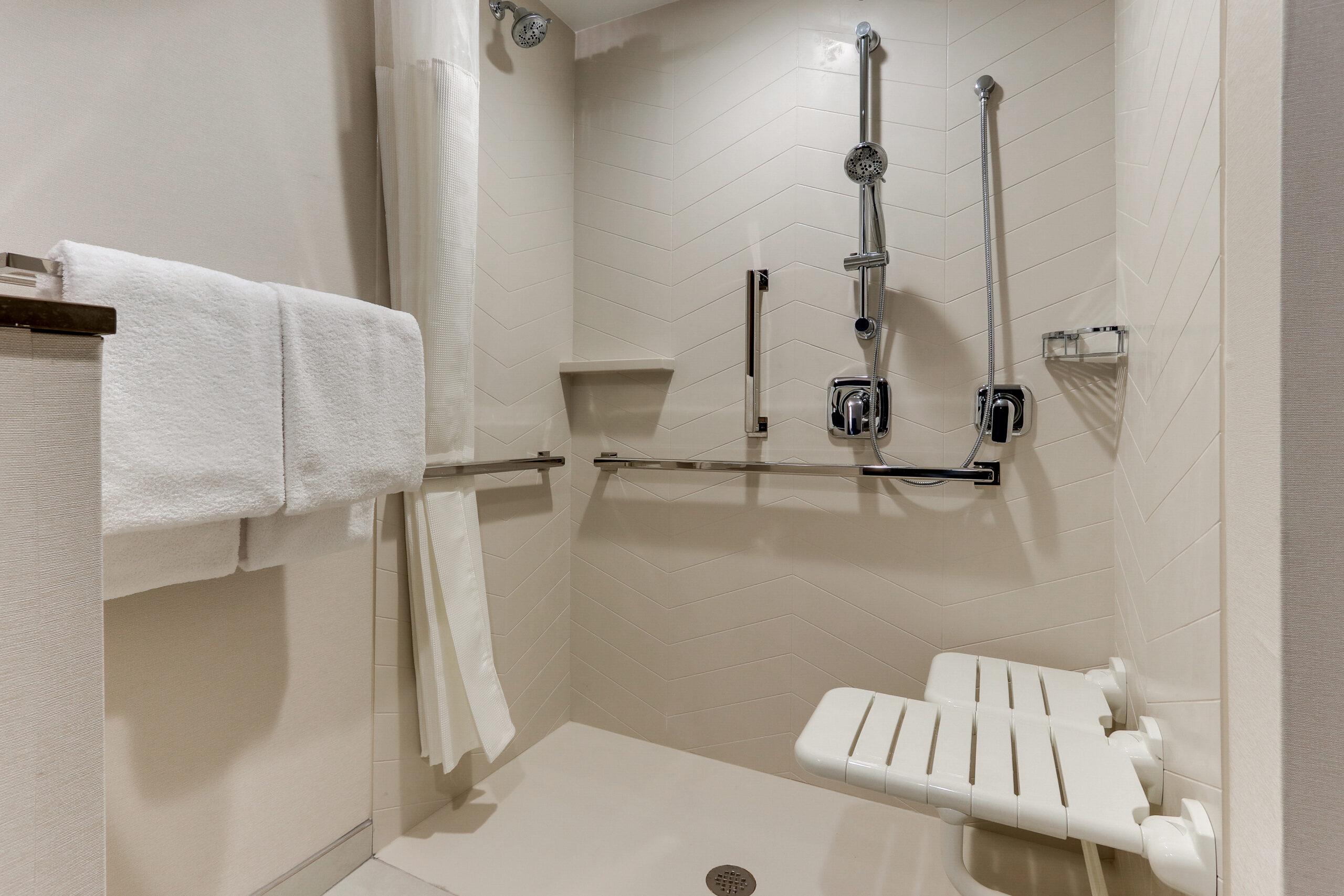 FF_AVLFW_Accessible Bathroom