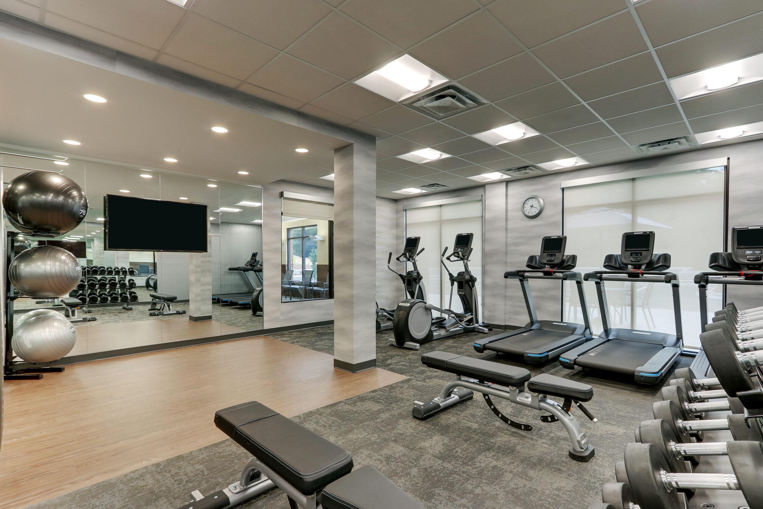 FF_AVLFW_Fitness Center 02